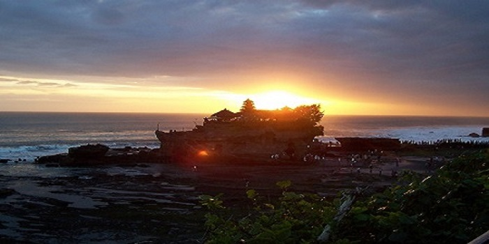 TANAH LOT, SUNSET VIEW, ICON BALI