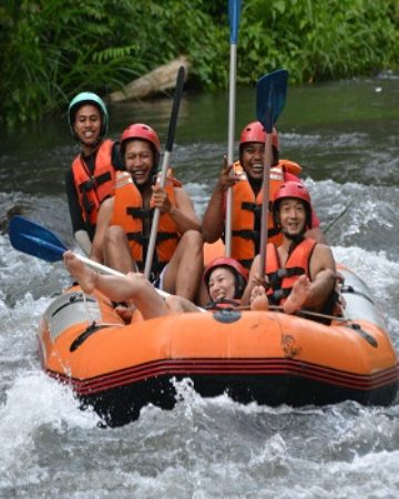 Bali White Water Rafting - enjoy wide range of white water rafting adventure in the paradise island of Bali